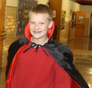 Count Nathan Ruthardt  takes to the halls. Be sure to wear costumes just as Nathan wore with his eyes clear of obstructions just as Secretary Mary Sue Lyles said.
