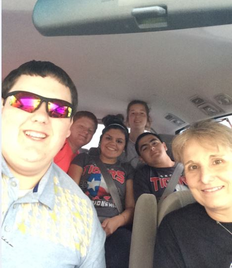Senior Jacob Clifton, sophomore Mason Miller, sophomore Leslie Germany, junior Bradie Dodson, sophomore Garet Rocha and adviser Mrs. Roskens take a journalism selfie. They will be attending the ILPC (Interscholastic League Press Conference) Spring Conference and the Grand Awards Assembly. The group will be returning Sunday evening.