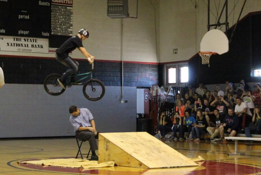 Students participate in 'Choices' Assembly