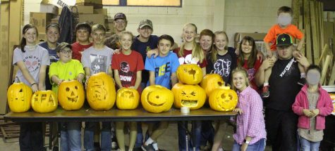 Students gather to vote in FFA Officers and participate in a pumpkin carving contest on Thursday, Oct. 20. The group elected these officers: Mason Miller, president; Halle Barkley, Vice President; Katelyn Burger, Secretary; Cayden Lambert, Treasurer; Lauren Fields, Reporter; Halle Thompson, Sentinel; Morgan Trevino, Parliamentarian; Kaylee Ritter, Student Adviser.