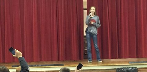 Freshman Kaylie Ritter practices her singing in front of her classmates. Ritter will be competing in the FFA talent show Dec. 6.
