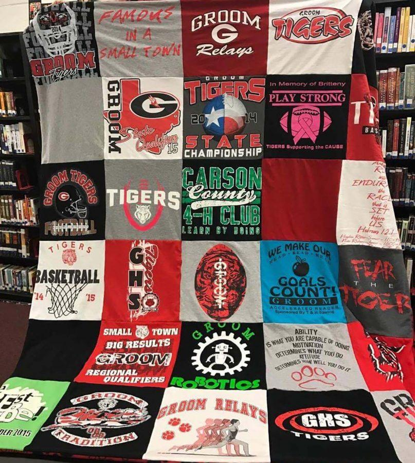 The+senior+class+will+be+hosting+a+raffle+for+this+quilt+tonight%2C+Feb.+3%2C+during+Senior+night%2C+and+tomorrow%2C+Feb.+4.+during+the+junior+high+tournament.+Tigers+and+Tigerettes+will+be+playing+White+Deer+today%2C+starting+at+6+p.m.+Senior+recognition+will+be+between+the+girls%27+and+boys%27+games.+The+raffle+tickets+for+the+quilt+will+be+%241.+The+scheduled+drawing+for+the+yearbook+raffle+has+been+delayed+to+allow+the+focus+to+stay+on+the+seniors+tonight%2C+adviser+Lisa+Roskens+said.+%22I%27m+excited+for+senior+night%2C%22+senior+Caroline+Britten+said.+%22We+have+a+lot+of+special+things+happening+throughout+the+games.%22