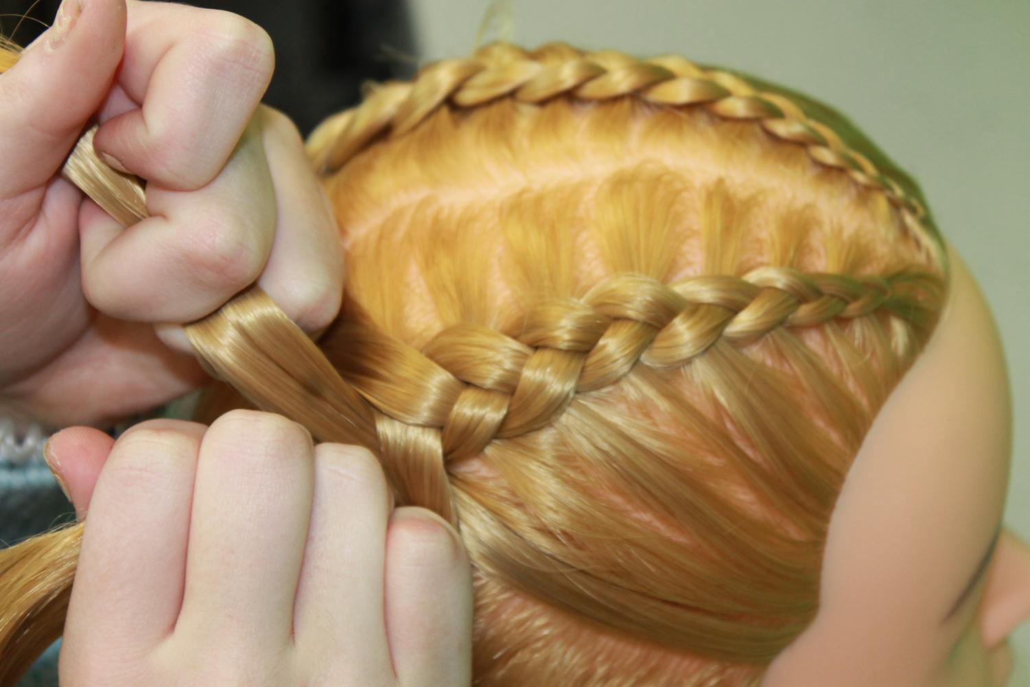 %2ATry+to+keep+the+braid+firmly+in+your+hands+so+that+your+braid+does+not+fall+out+as+easily+during+the+day.%2A
